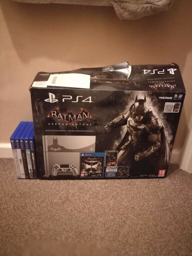 PS4 Batman Edition console with games.