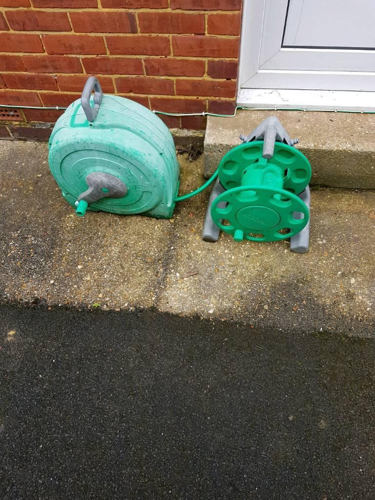 2 garden hose reels