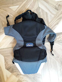 New* Chicco Go Baby Carrier Black/Gray