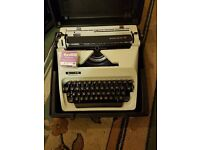 Typewriter complete with manual and case