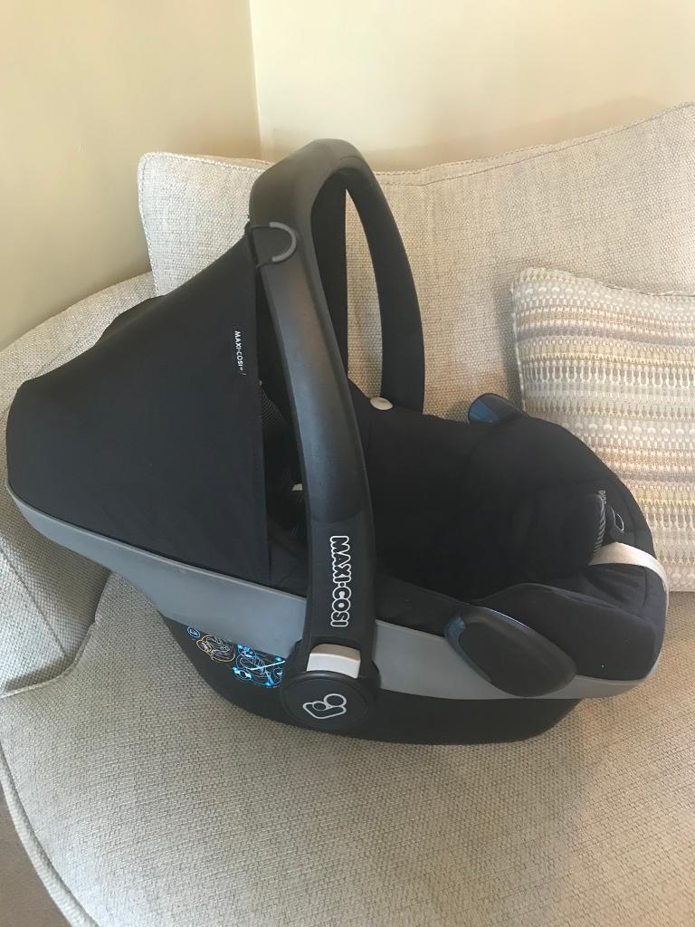 Maxi cosi pebble car seat from birth