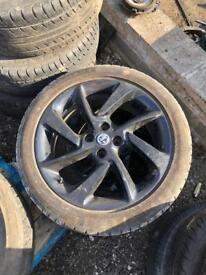 VAUXHALL CORSA E 2017 LIMITED EDITION ALLOY WHEEL BREAKING SPARES PARTS CHELMSFORD ESSEX LONDON