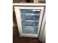 Lec U5510W under counter freezer - great condition