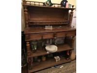 Antique sideboard (walnut brown)