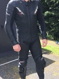 RST FUSION ONE PEACE LEATHER RACE SUITE (MEDIUM) SPINE/BACK PROTECTOR INC USED FOR ONE TRACK DAY