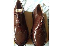 Gents brogue shoes