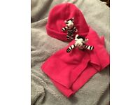 Girls pink zebra in my pocket hat and scarf age 6