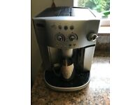 Delonghi magnifica ESAM4200 bean to cup coffee machine as new
