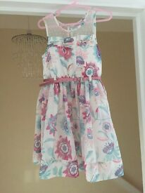 Girls dress size 5 year old