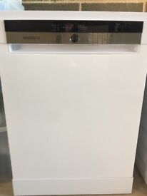 Grundig freestanding dishwasher GNF41810W
