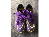 Boys Nike Tiempo moulded boots size 12