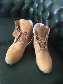 Timberland Men's 6-Inch Premium Perforated Boot