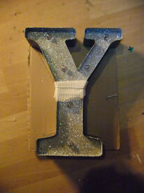 DESIGNER letter Y light up SILVER GLITTER decoration METAL not plastic