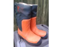 Chain saw boots
