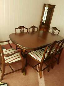 Solid mahogany rossmore dining table
