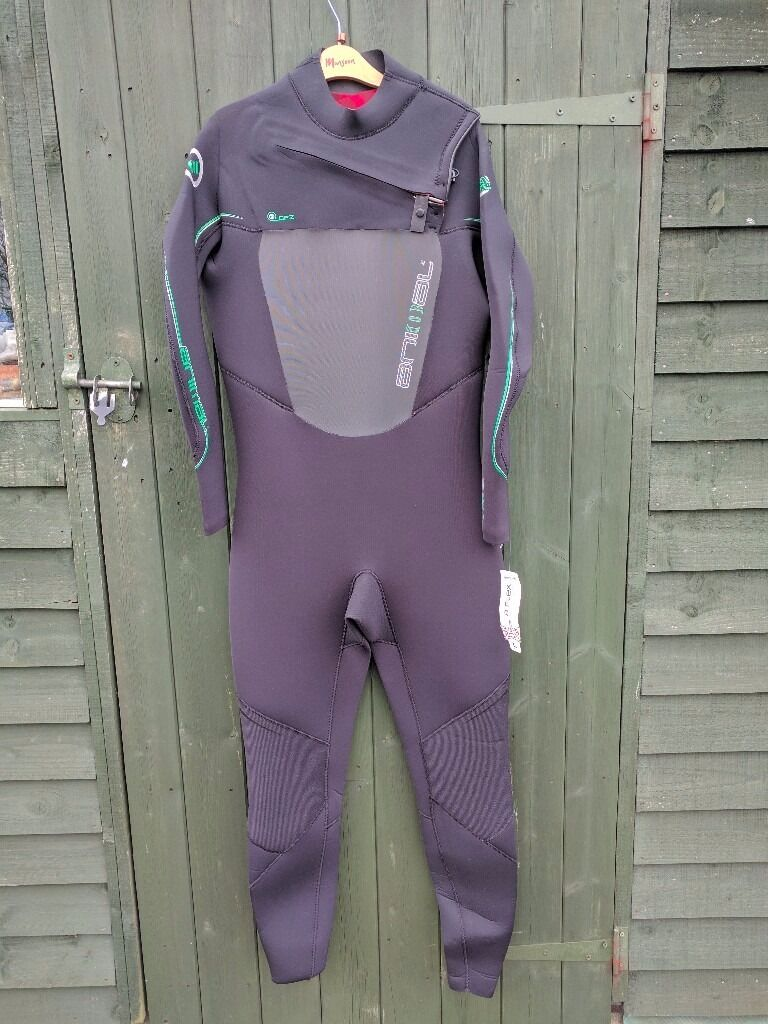 Animal A-Flex Winter Wetsuit (Unused With Tags) £55 - Aberystwyth