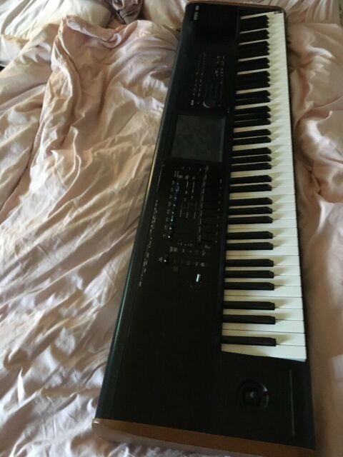 Korg Kronos 2 88 keys | in Bedford, Bedfordshire | Gumtree