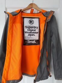 Superdry Windtrekker size S