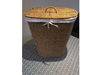 75 Litre Seagrass Laundry Basket