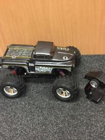 Mad Force VE Kruiser Remote Control Car