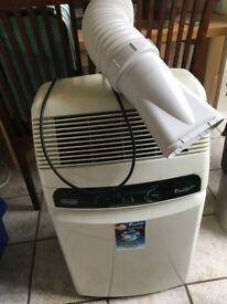 Delonghi Pinguino Eco F130 Air Conditioner with hose