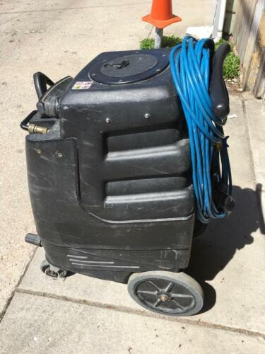 1005DX Speedster Carpet Extractor and Carpet Cleaning