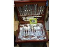 72 PIECE SLACK & BARLOW SILVER PLATED CANTEEN OF CUTLERY
