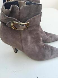 Ladies Suede ankle boots. Size 39
