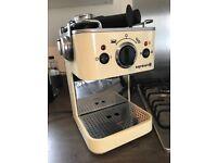 Dualit espressivo coffee machine in cream