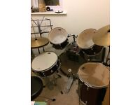 5 Piece Drum Kit ideal for beginners or child