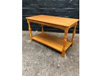 Lovely modern pine coffee table in great condition