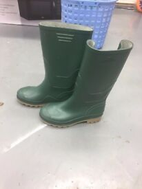 NEW STORMWELLS GREEN WELLIES WELLINGTON BOOTS SIZE 3 KIDS GIRLS BOYS RRP £20 FREE DELIVERY