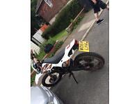 Wk 125 trails £1000