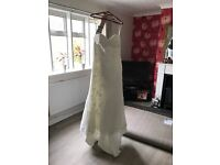 Wedding dress size 12-16