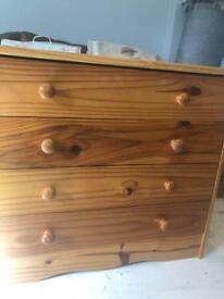 4 drawer pine chest