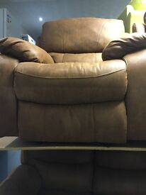 Brown setee and two chairs suede look 4 reclining seats ex display
