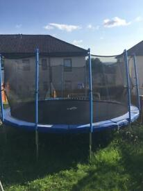 16 ft FoxHunter Trampoline in mint condition