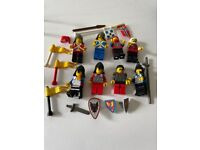 Lego knights/soldiers