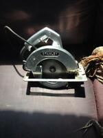 "stanley  6 -1/2 "" circular hand saw w / case"
