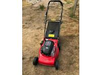 Briggs & Stratton self propelled 158cc petrol mower