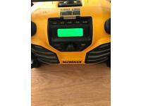 Dewalt site radio