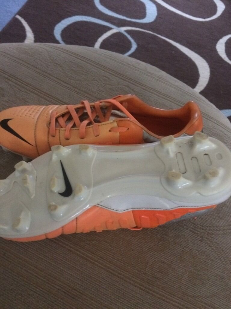 Nike football bootsin Wellington, ShropshireGumtree - Nike football boots, good condition well looked after, will need new insole inside, priced to sell, other stuff available cheap see other ads, 07977904913