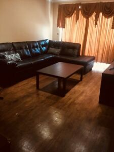 Rooms available in a 5 1/2 in ville saint Laurent!