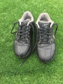 Nike junior golf shoes UK size 2.5