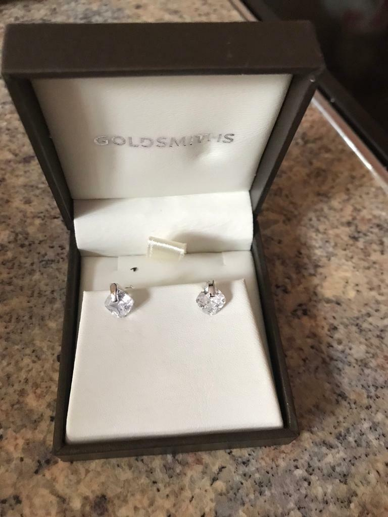 Real Silver Cubic Zirconia Heavy Stud Earrings NEW RRP £25