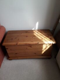 Solid Pine Blanket box chest