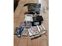 Nintendo Wii U 32gb with Pre-loaded Mario Kart 8 and others games and controllers