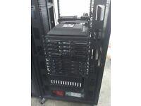 IBM Bladecenter E 8677 3RG Server 13x HS21 Blades