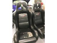 Bucket, racing seats