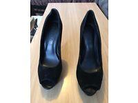 Aldo black velour leather high heels size 6